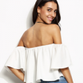 Romwe: White Off The Shoulder Ruffle Crop Top